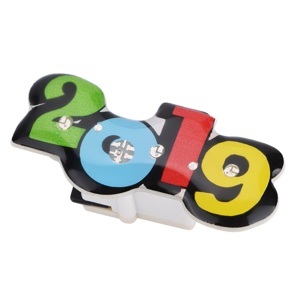 25x Plastic New Year Christmas 2019 Shape LED Flash Badge Button Pin 2 Styles